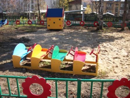 На детскую площадку в детском саду своими руками фото